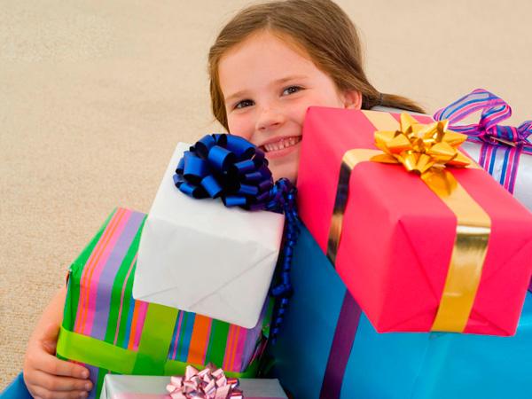 Полезные подарки на день рождения девочке