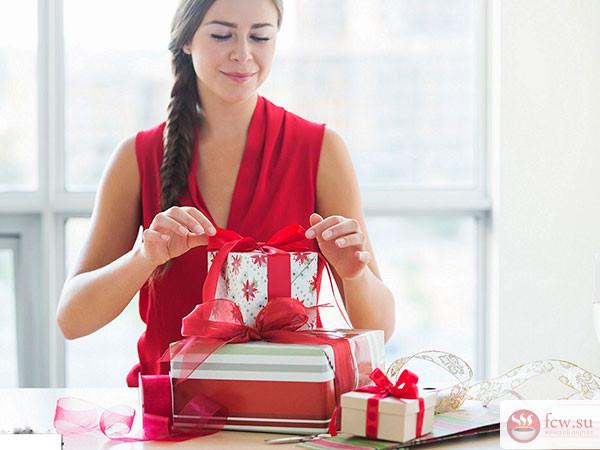 Как выбрать восхитительный подарок девушке на День Рождения? Лучшие идеи!