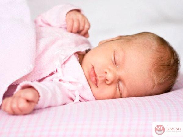 Детские капризы: как помочь младенцу заснуть