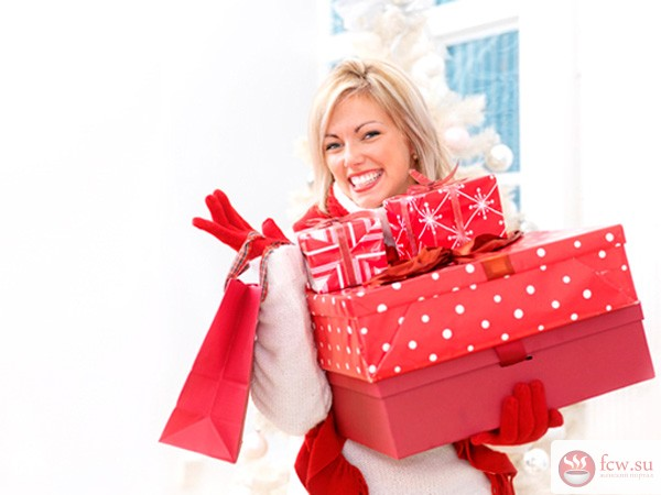 Подарки женщинам девочке