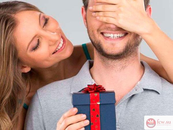 Как выбрать подарок любимому мужчине