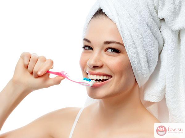 Почему так важно ухаживать за зубами и как правильно это делать
