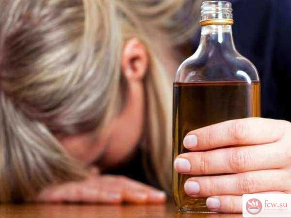 Женский алкоголизм: особенности, причины, симптомы