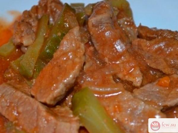 Азу из говядины с маринованными огурцами рецепт