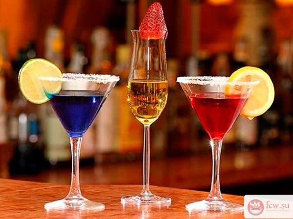Не желаете ли аперитив? Французы учат правильному употреблению вина во время еды