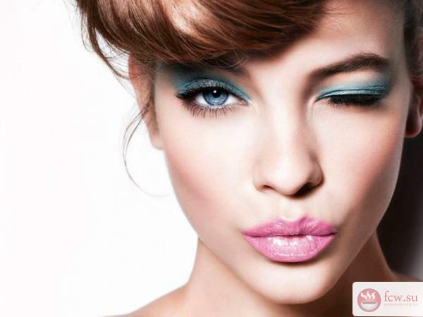 Почему макияж не виден на фото